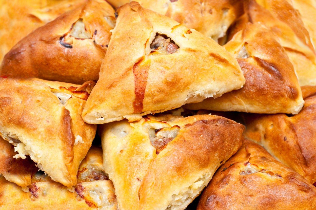 Треугольные пирожки с мясом - эчпочмаки